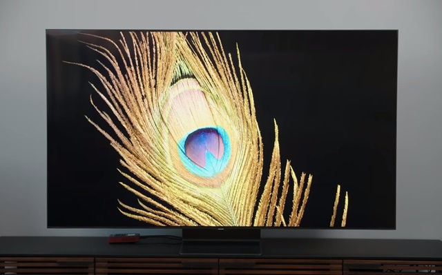 OLED ULTRA HD TELEVISION